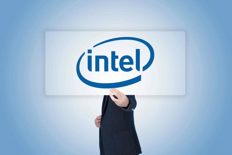 Intel挖角AMD成功:主机芯片业务前首席架构师跳槽