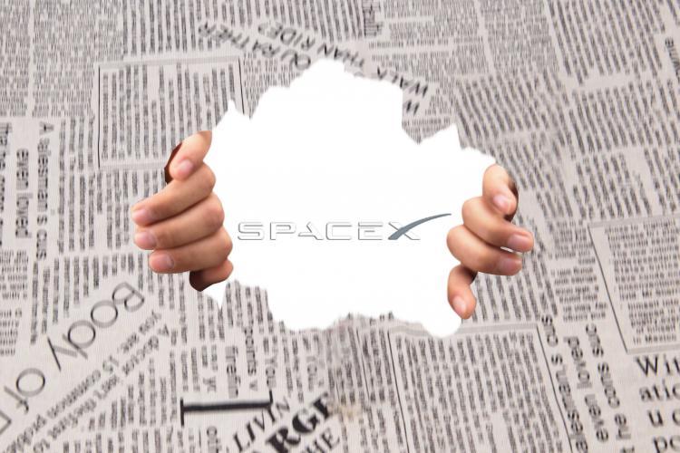SpaceX载人龙飞船两名宇航员成功进入国际空间站