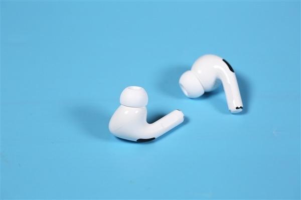 新款AirPods Pro曝光,要和耳机柄说再见了